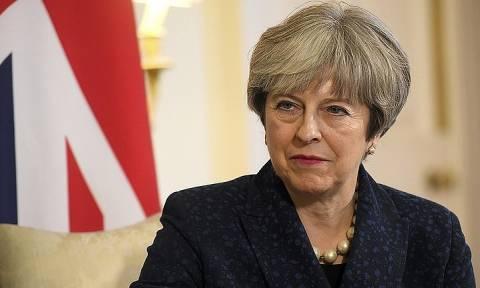 Мэй: Великобритания готова улучшить отношения с Россией при смене поведения Москвы