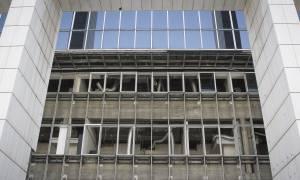 Επίθεση αντιεξουσιαστών σε αστυνομικούς μέσα στο Εφετείο Αθηνών – Τέσσερις τραυματίες (vid)