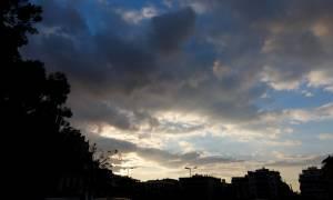 Καιρός: Πτώση της θερμοκρασίας την Τρίτη (13/11) - Σε ποιες περιοχές θα βρέξει