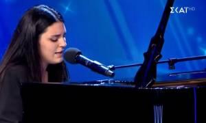 «Ελλάδα έχεις ταλέντο»: Το τραγούδι μιας 16χρονης που «εξόργισε» τον Τανιμανίδη (vid)