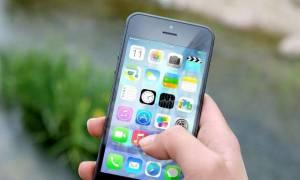 Κατεβάζεις εφαρμογές στο κινητό; Τι πρέπει να ξέρεις για πιθανή «κατασκοπία» (video)