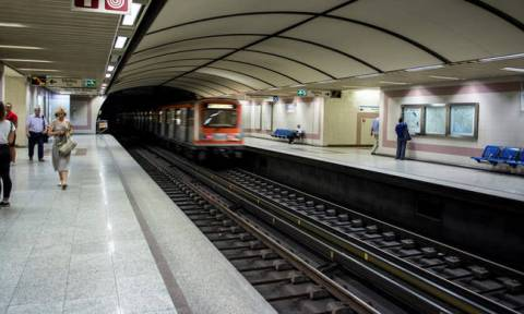 Police, firemen to use public transportation for free, Citizen Protection Min. Gerovassili says