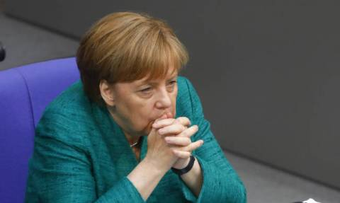 Σάλος στη Γερμανία: Τα «παιδιά» της Μέρκελ τραγουδούν ύμνους του Χίτλερ (vids)