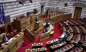 Ψηφίστηκαν τα μέτρα για τους πυρόπληκτους της ανατολικής Αττικής και ο μειωμένος ΦΠΑ στα νησιά