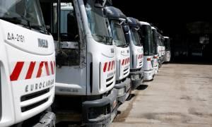 Τροχαίο με απορριμματοφόρο στα Άνω Λιόσια: Σοβαρά ο οδηγός