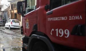 Θεσσαλονίκη: Φωτιά σε κατοικία στη Θέρμη και σε οχήματα στο Κορδελιό