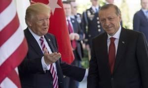 Νέο ηχηρό «χαστούκι» Τραμπ σε Ερντογάν: Κατηγορηματικό «όχι» στην έκδοση Γκιουλέν