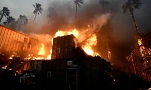 Χωρίς τέλος η φρίκη στην Καλιφόρνια: Μετά τις φονικές πυρκαγιές, πλημμύρες και κατολισθήσεις (vids)