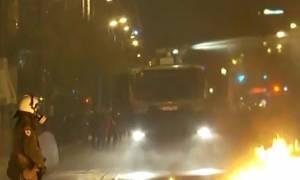 Επεισόδια Πολυτεχνείο: Αυτό είναι το όχημα της ΕΛ.ΑΣ. που τρέμουν οι κουκουλοφόροι (vid)