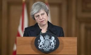 Βρετανία: Δεν έχουν συγκεντρωθεί οι επιστολές για την πρόταση μομφής κατά της Μέι