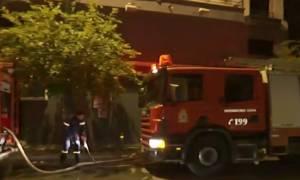 Φωτιά ΤΩΡΑ: Στις φλόγες κτήριο στη Λιοσίων