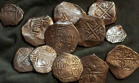 Over 100 ancient coins found in car of Turkish national at Igoumenitsa port