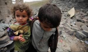Η πείνα «θερίζει» το μέλλον της Υεμένης: Νεκρά 85.000 παιδιά σε 3 χρόνια πολέμου