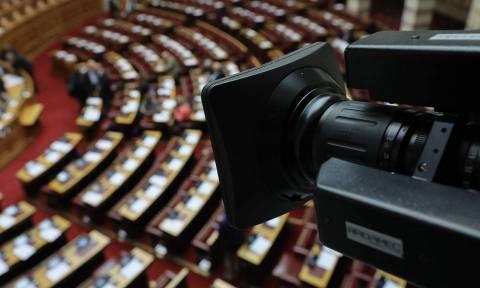 Άγριος πολιτικός «πόλεμος» για την υπόθεση C4i: Τι απαντούν ΝΔ και Γεννηματά