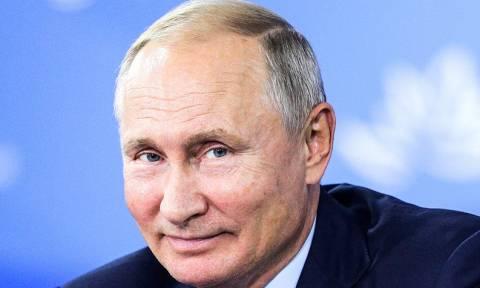 """""""Левада-Центр"""": две трети россиян возложили ответственность за проблемы страны на Путина"""