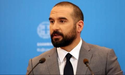 Government exited memoranda and took social measures, spokesman Tzanakopoulos says