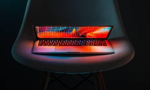 Black Friday: Όλα όσα πρέπει να προσέξεις αν θέλεις να πάρεις laptop