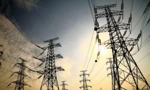 ΔΕΗ: Δεν κόβουν το ρεύμα στη Χαλυβουργική για 32 εκατ. ευρώ, τσακίζουν όμως τους φτωχούς