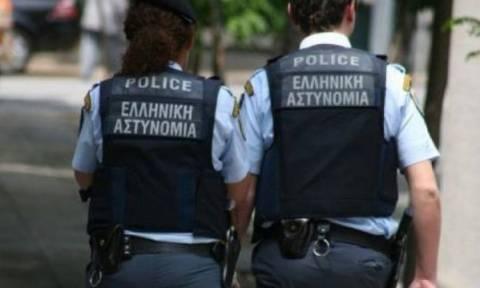 В Афинах полиция арестовала двух грабителей супермаркета