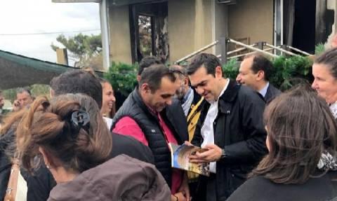 Ципрас обсудил с жителями Мати ход реализации мер по устранению последствий пожара