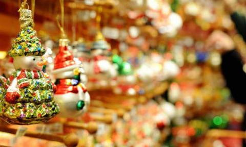 Shop opening hours for Christmas and New Year holidays in Athens
