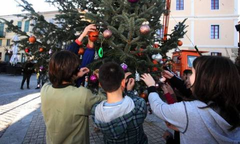 Χριστούγεννα 2018: Πότε κλείνουν τα σχολεία για τις διακοπές