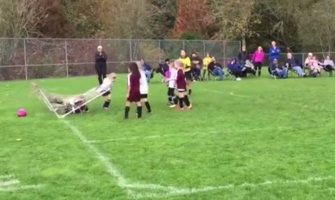 Οι πιο αστείες στιγμές στο ποδόσφαιρο (vid)
