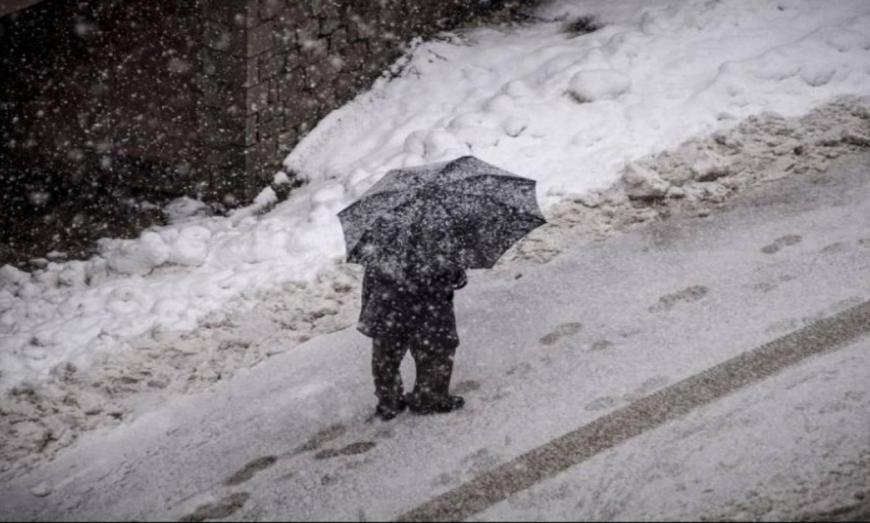 Κακοκαιρία: Της… «Πηνελόπης» σε όλη τη χώρα – Χιόνια, δεμένα πλοία και 10.000 κεραυνοί