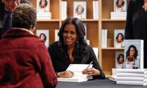 Μισέλ Ομπάμα: Γιατί ακύρωσε εκτάκτως το ταξίδι της σε Παρίσι και Βερολίνο
