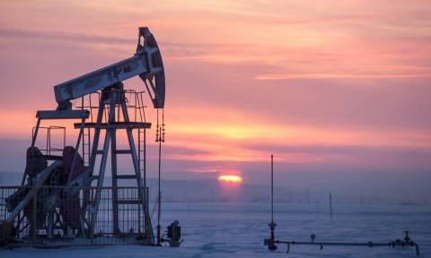Нефть Brent подорожала почти на 5% на ожиданиях продления соглашения ОПЕК+