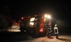 Φωτιά στην Κρήτη: Άγνωστοι έκαψαν χωματουργικά μηχανήματα στην Ιεράπετρα (pics)