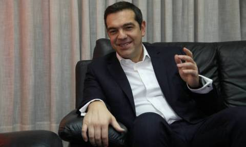 Tsipras meets mayor of Kalymnos during visit to the island
