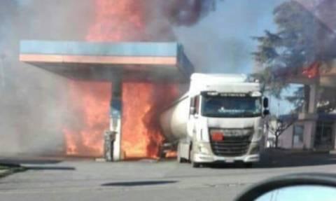 Ανείπωτη οδύνη στην Ιταλία: Ισχυρή έκρηξη σε βενζινάδικο με δύο νεκρούς - Δείτε βίντεο-ντοκουμέντο