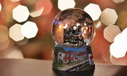 Χριστούγεννα 2018 - Πρωτοχρονιά 2019: Δείτε αναλυτικά το εορταστικό ωράριο των καταστημάτων