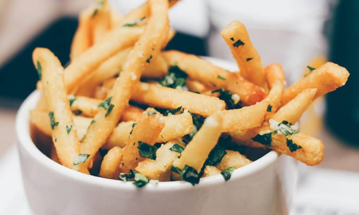Ποιο είναι το κόλπο για να είναι πάντα τραγανές οι τηγανιτές πατάτες