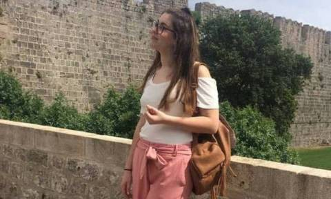 Συγκλονίζει ο πατέρας της 21χρονης φοιτήτριας: Πιλότε πέτα πιο ψηλά να ξαναζωντανέψει η Ελένη (vid)