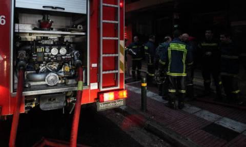 Πυρκαγιά σε διαμέρισμα στα Άνω Πατήσια - Απεγκλωβίστηκαν ηλικιωμένοι