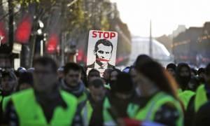 «Κίτρινα γιλέκα»: Κρίσιμο διάγγελμα Μακρόν στον γαλλικό λαό