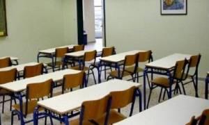 Θεσσαλονίκη: Εκκενώνεται δημοτικό σχολείο - Κίνδυνος κατάρρευσης