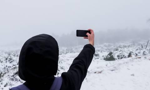 Καιρός – Πλησιάζει ισχυρή κακοκαιρία: Αυτές οι περιοχές θα «ντυθούν» στα λευκά – Δείτε το βίντεο