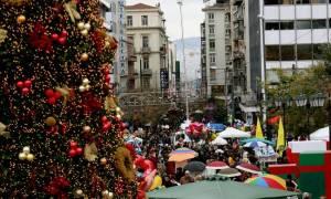 Χριστούγεννα 2018 - Πρωτοχρονιά 2019: Αρχίζει σήμερα (13/12) το εορταστικό ωράριο των καταστημάτων