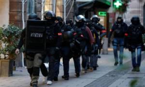Συναγερμός στην Ευρώπη: Πού ψάχνουν οι αρχές τον μακελάρη του Στρασβούργου