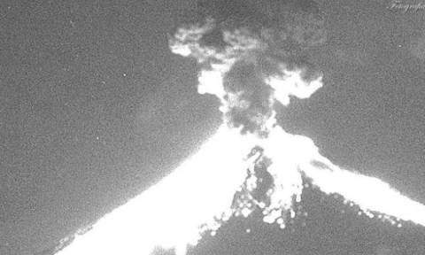 Mexican volcano Popocatepetl erupts with 2km column of ash