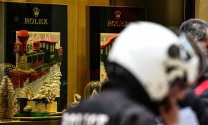 Αυτός είναι ο δράστης της ένοπλης ληστείας στο κατάστημα της Rolex (pics)
