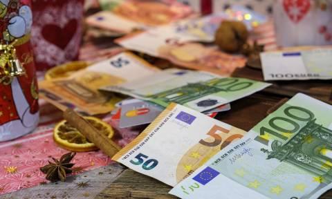 Εβδομάδα πληρωμών: Πότε θα καταβληθούν συντάξεις, ΚΕΑ, επίδομα παιδιού, αναδρομικά